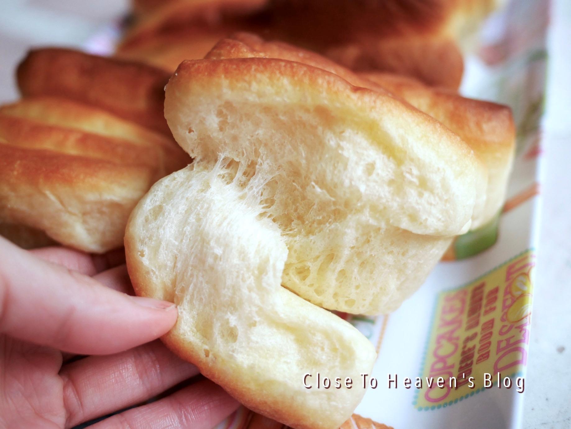 ***  สูตรขนมปัง Butter Flake Rolls   ***