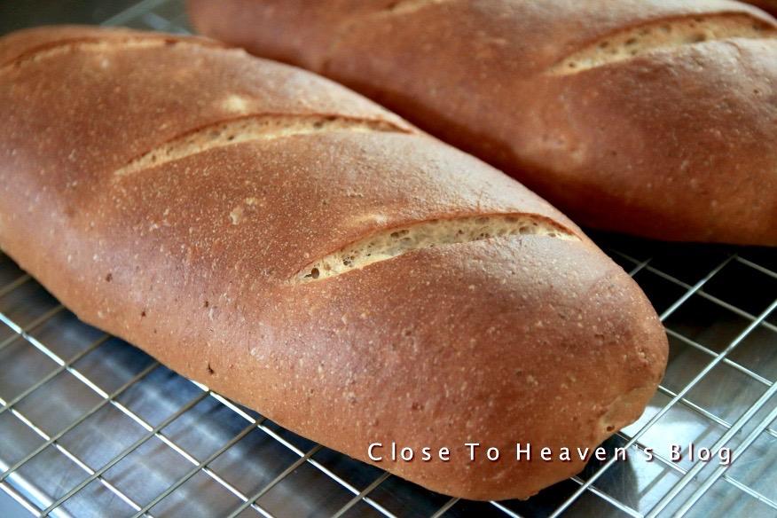 Date Walnut Bread ขนมปังอินทผาลัมใส่ถั่ววอลนัท