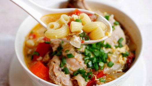 มักกะโรนีซุปไก่  Macaroni Chicken Soup