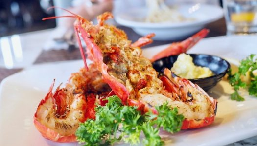 บุฟเฟ่ต์ Sunday Brunch โปรโมชั่น Lobster @Prime, Compass SkyView Hotel