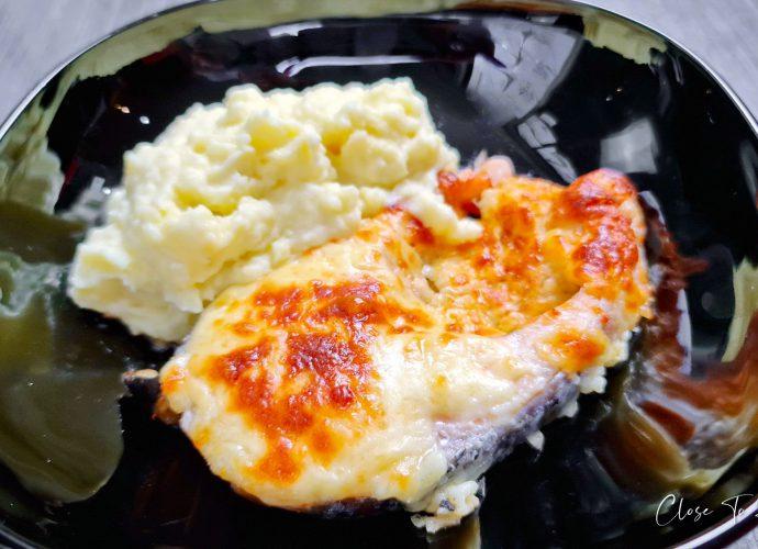 Easiest Cheesy Baked Salmon Ever ปลาแซลมอนอบชีส